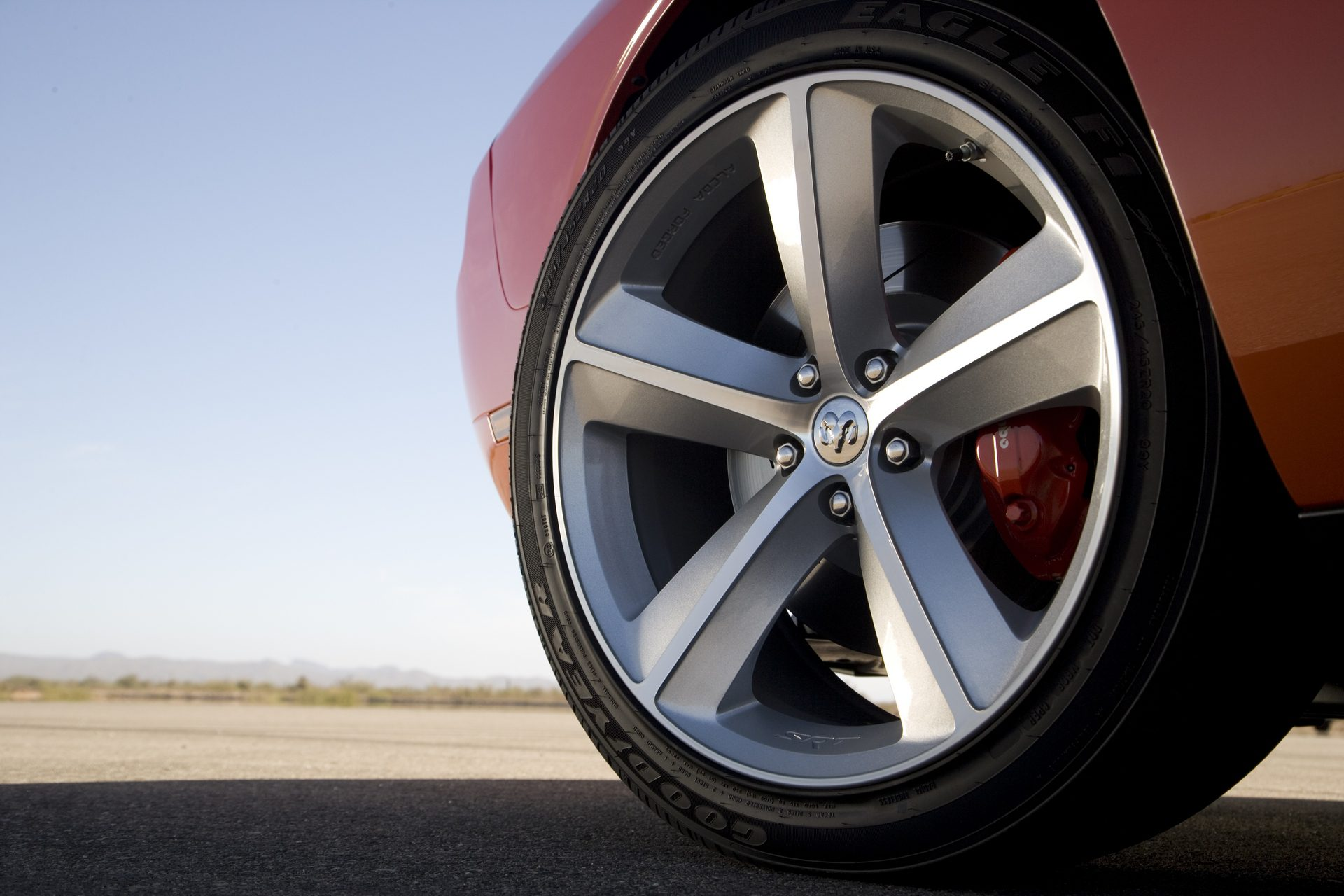dodge challenger srt8 wheel rim